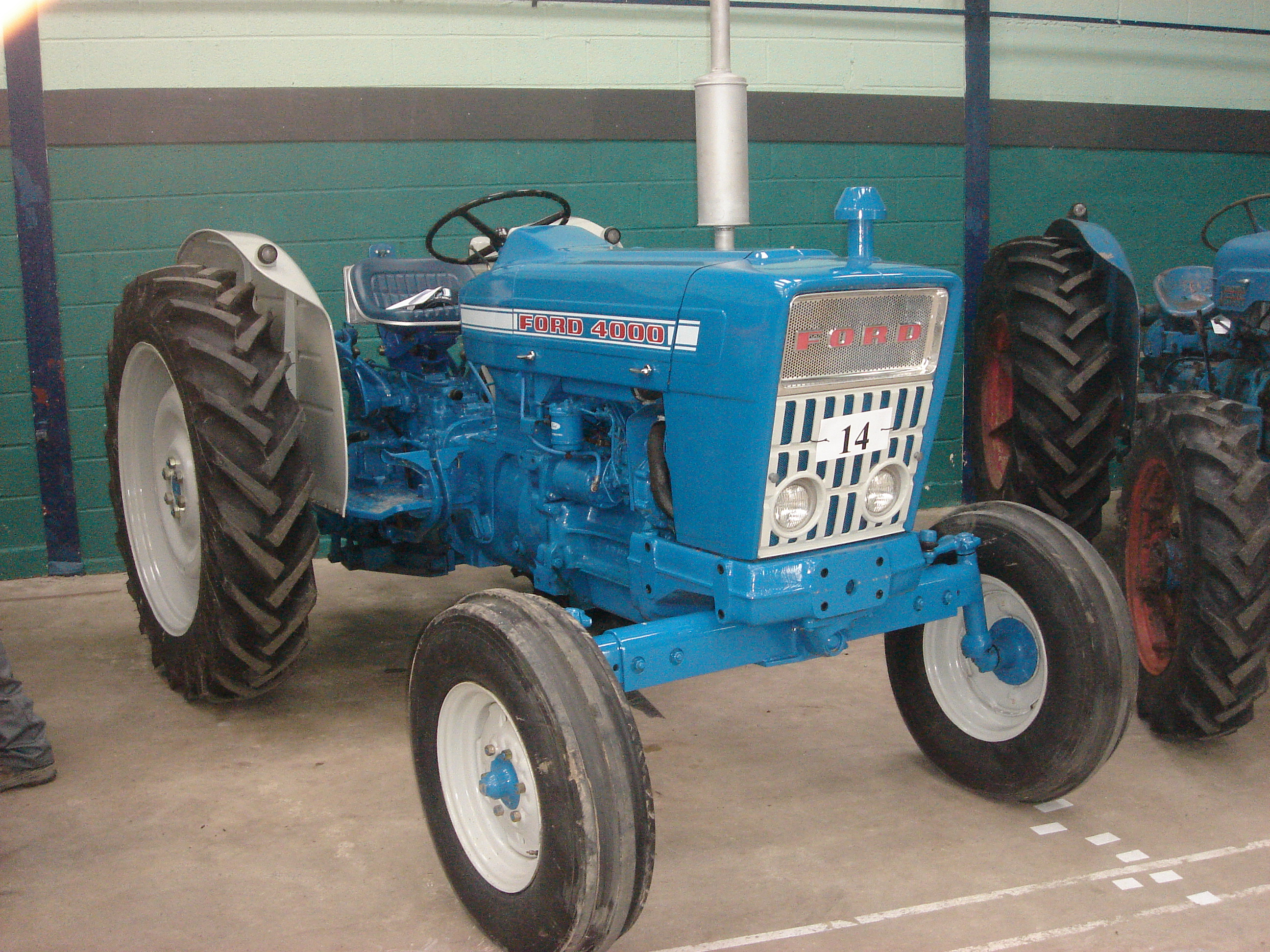 Ford Tractor Engine : Ford and other engines tractor forum