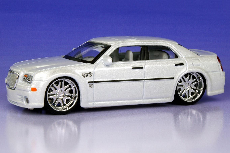 Custom Ford Explorer >> 2005 Chrysler 300C Hemi (Custom Shop) - Maisto Diecast Wiki