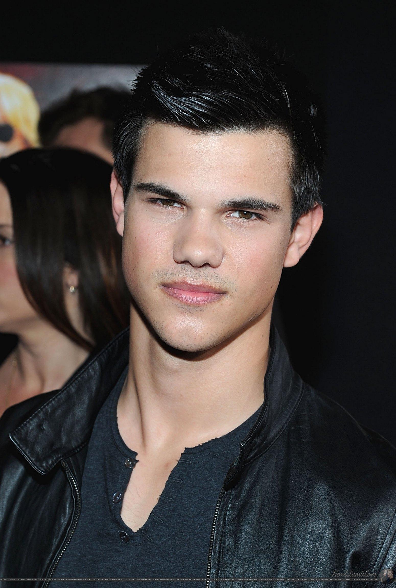Taylor Lautner - Twilight Saga Wiki