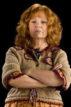 Molly-weasley-mobile-wallpaper
