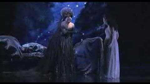 natalie dessay queen of the night An uncommonly human queen of the night in die zauberflöte, she has sparkled  lovingly in lakmé and descended into harrowing madness as.