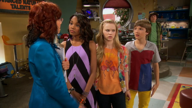 Does Fletcher from ant farm have a girlfriend