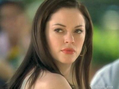 Charmed La Routine Makeup De Paige Matthews Le Journal