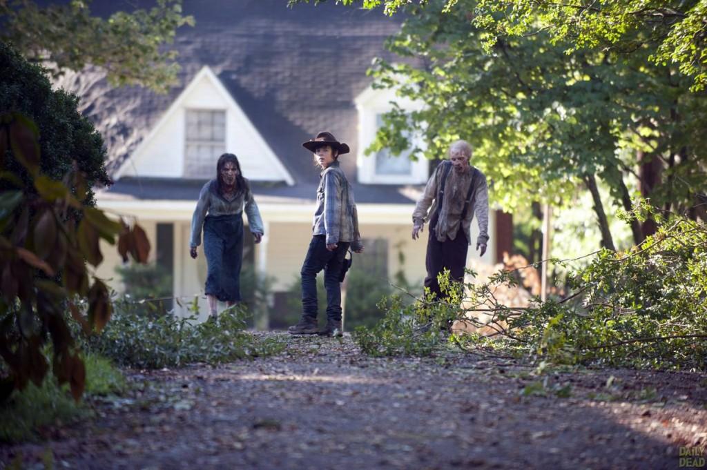 """The Walking Dead 4x09 """"After"""" Promos, Sneek Peeks y Spoilers Walking-Dead-409-01-1024x681"""